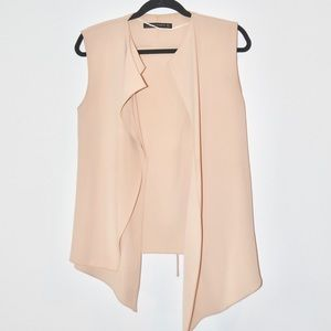 ••zara asymmetrical tie back tan layered vest••